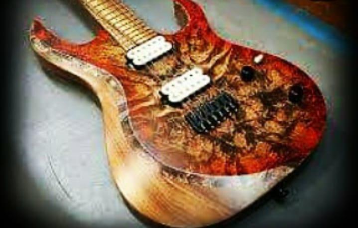 Guitarra de madeira  amazônica com responsabilidade socioambiental